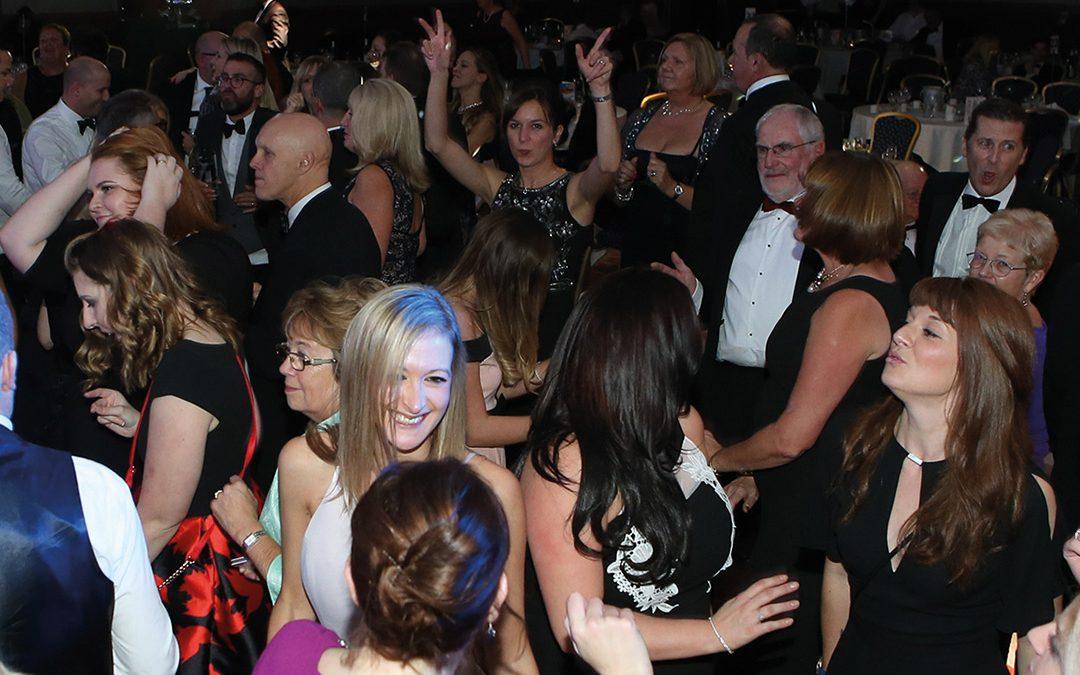 More-awards-women-dancing
